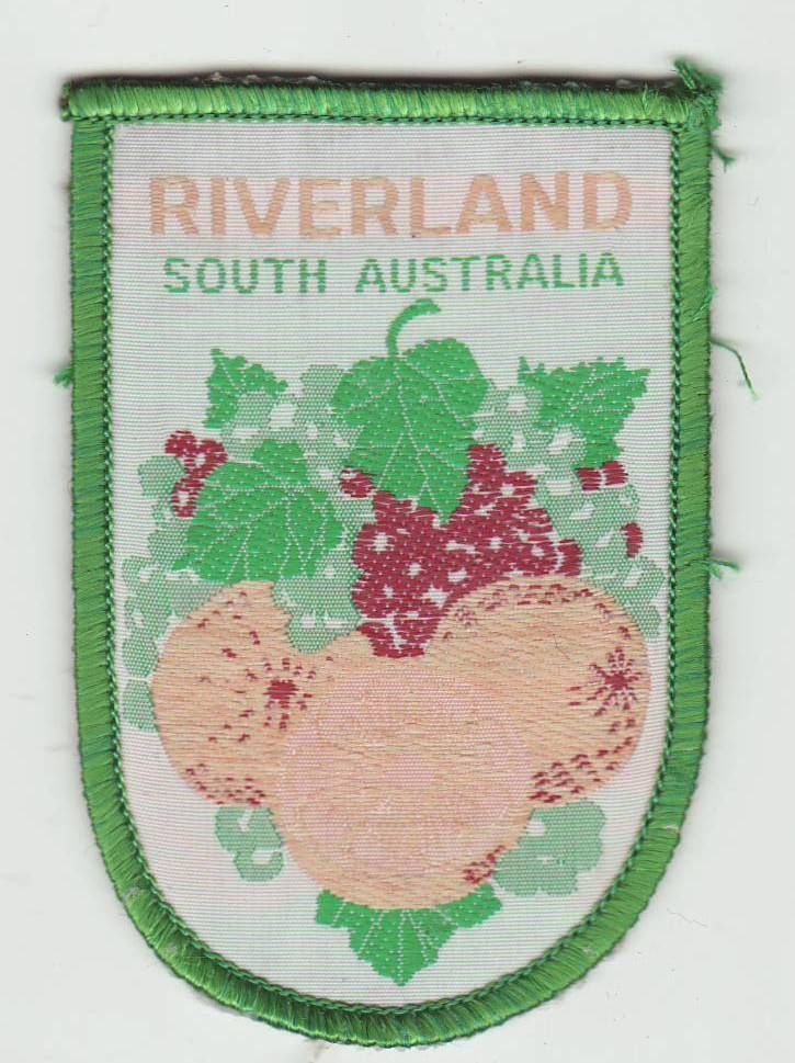 Nice patch of the RIVERLAND, SOUTH AUSTRALIA - WITH FRUIT. Sold for $3.50.