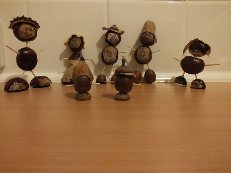chestnut and acorn people for indoor or outdoor Small-World play - was thinking to hide them in the playground, give chn a map and ask these people get back to their homes (leaf houses etc. on a builder's tray)