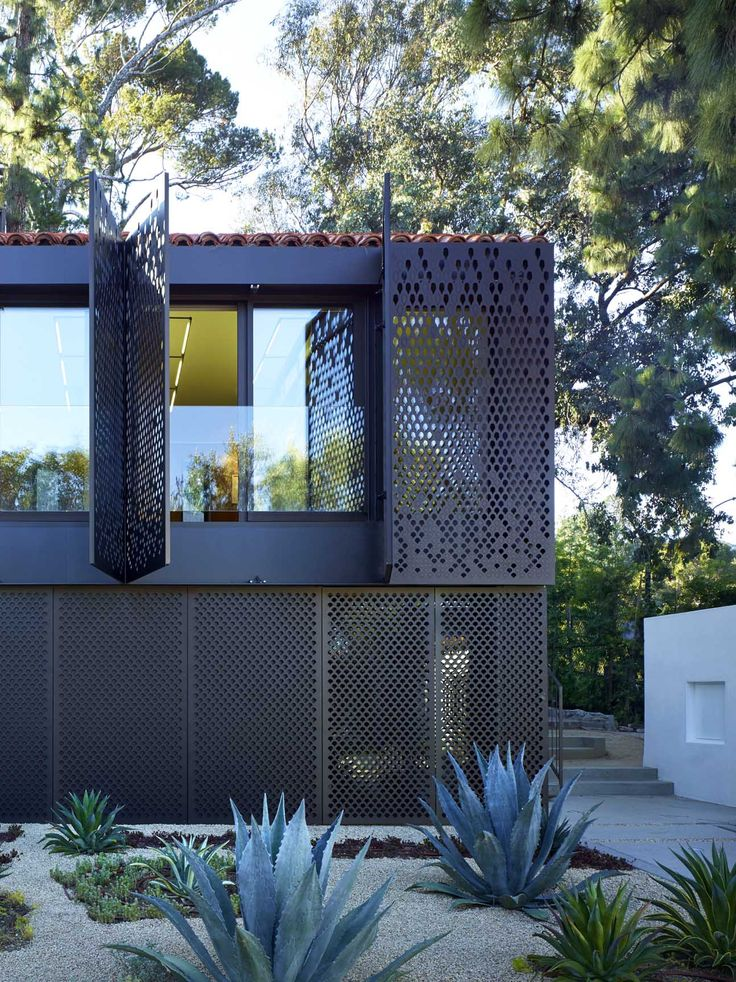 Morgan Phoa Residence And Library Spf Architects Metal Screencool Architecturedesign