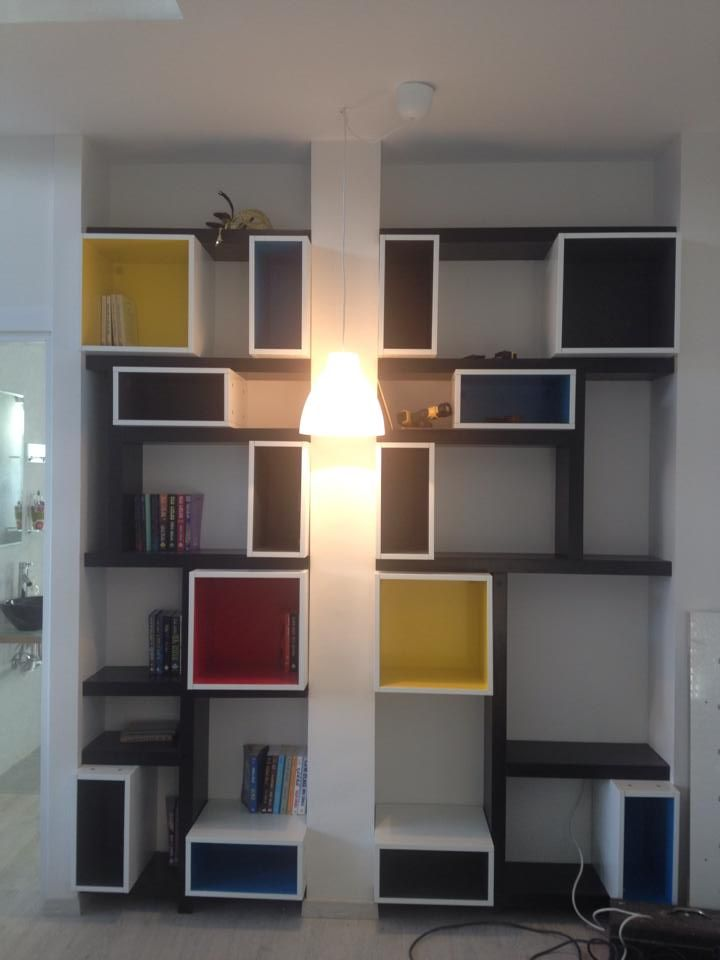 10468054_10152909112889640_147451380926443994_n - Copy - CopyGood looking library! I'd like this in my basement