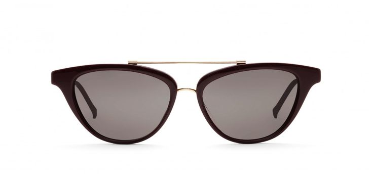 OH JACKIE REMIX I In memory of Mrs K. An easy to wear cat-eye shape with a modern touch.