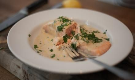 Emma's Poached Salmon With Creamy Parsley Sauce