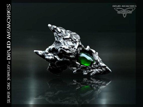 "Rose cut chrome diopside dragon ring ""Venturix"", druid dragon ring."