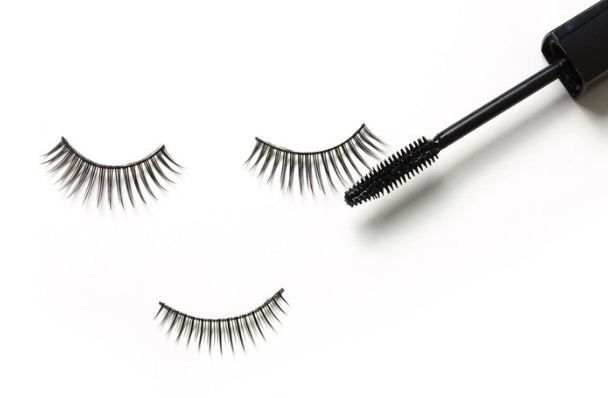 Are Semi Permanent Lashes Safe !?  Most ladies don't have the time on their schedule or patience to apply temporary false eyelashes every time they are going out. ally understandable to us that semi permanent lashes