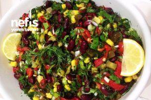 Biberli Yeşil Fasulye Salatası Tarifi nasıl yapılır? bu tarifin resimli anlatımı ve deneyenlerin fotoğrafları burada. Yazar: Ş. BURAK