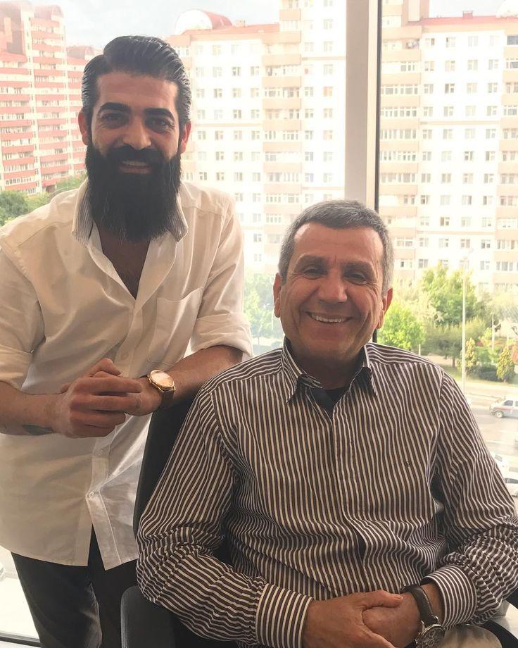 #hoş#sohbet#ahmetkömürcü#abim#sp#wella#pigment#hair#hairmen#hairstyle#saç#sakal#sakallı#adam#beard#beardstyle#image#selçukardaboutique#turkey#türkiye#istanbul#beylikdüzü#iyihaftalar#kıldan#para#kazanıyoruz#kıl#holding ����✂️✂️ http://turkrazzi.com/ipost/1520408555105124871/?code=BUZk4aAgYIH