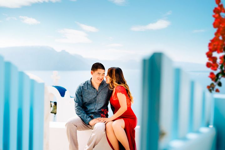 #Honeymoon photo session in #Santorini #Greece #photographer
