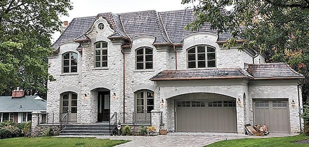 Lovely Home in the York Mills and Bayview area.