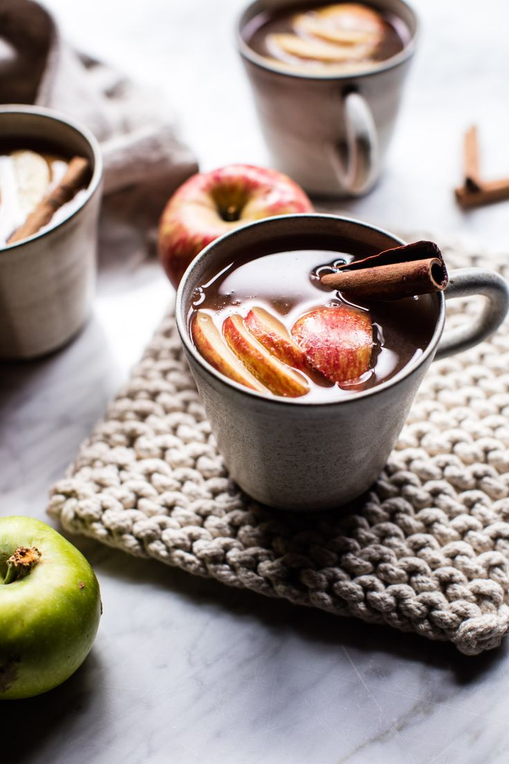 what could be cozier than a giant pot of homemade apple cider just simmering away all day in your kitchen? Not much, and it's the perfect thing to make on an autumn Sunday like today!