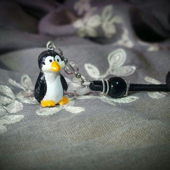 """Collana con pinguino: """"PACK"""""""