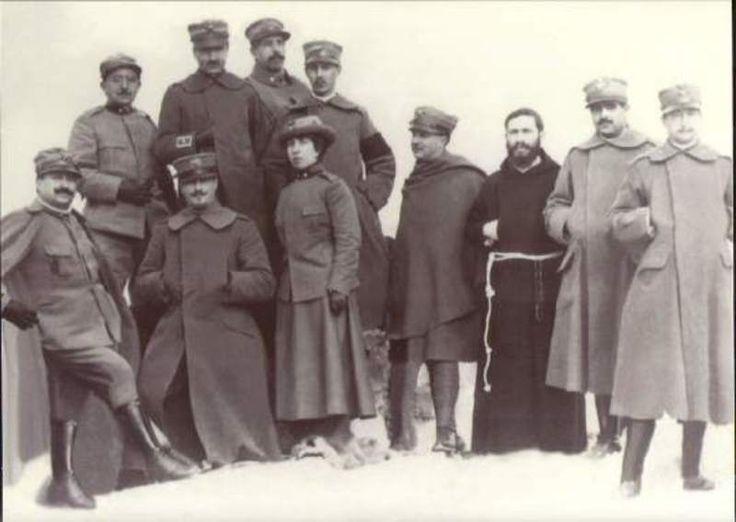 """Gruppo Storico """"Militaria 1848 - 1918"""" - Torino - Fondatore e Presidente Carlo Martinelli - Dott.ssa Anna Dado Saffiotti - Matricola n.40 - Palermo - arruolata 29/04/1916."""