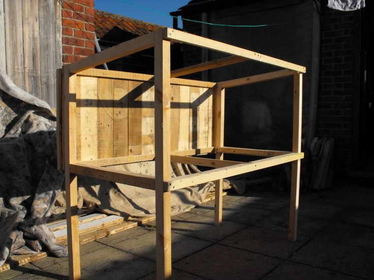 Rabbit Hutch Made From Old Pallets