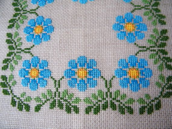 Forget Me Not. Vintage Swedish Napkin Table by linenblossom