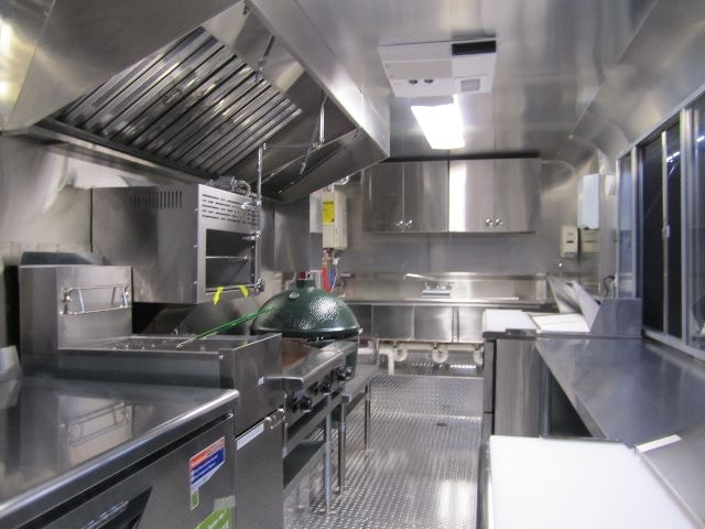 Best 25 food truck interior ideas on pinterest for Food truck interior design