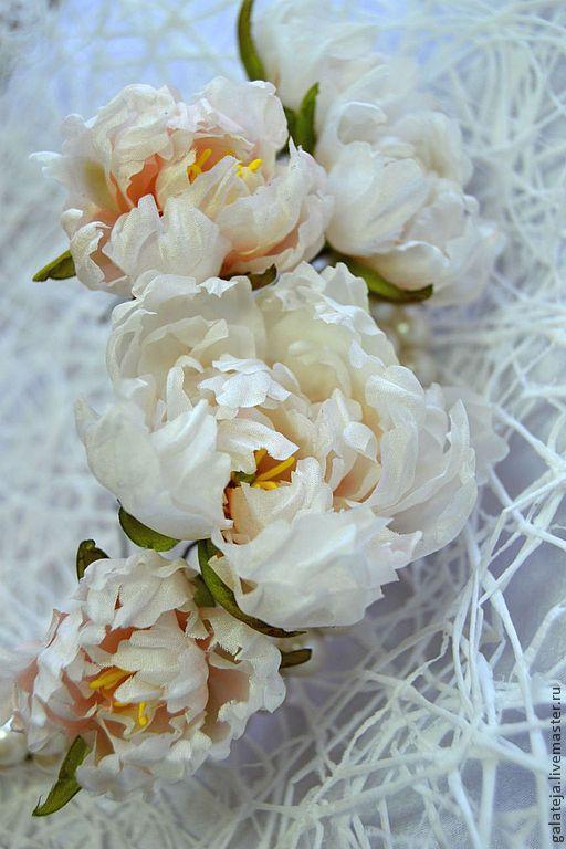 Цветы из шелка.Шпилька Пион - бежевый,пион,кремовый,кремовый цвет,шпильки для волос