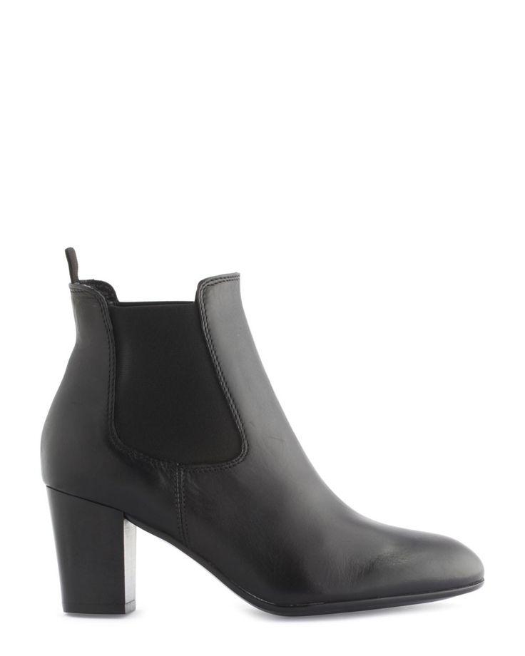 Boots - Nevita 129€
