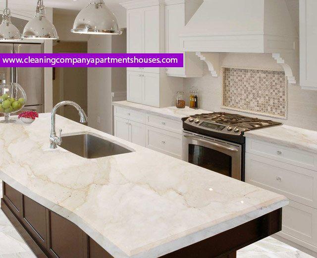 انواع رخام المطبخ تعرف على افضل نوع للرخام حسب اللون او صناعية بجانب التعرف على هل يصلح ورق الجدران للمطبخ House Cleaning Company Kitchen Marble Closet Designs