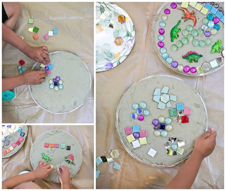 Stepping stones using concrete mix in plastic plant for Craft cement mix