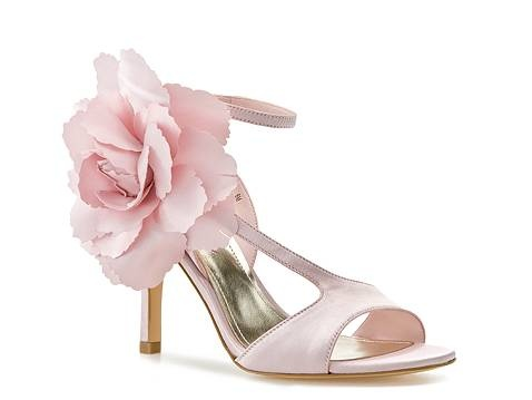 girly shoe: Cat, Antoinette Sandals, Wedding Shoes, Woman Shoes, Bridesmaid Shoes, Townsend Antoinette, Lulu Townsend, Womens Shoes, Flower