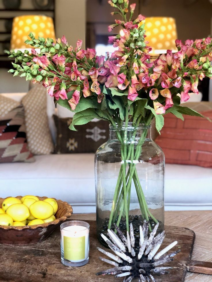 Simple Ways To Refresh Your Living Room For Spring In 2020 Perfect Coffee Table Blogger Decor Coffee Table Styling