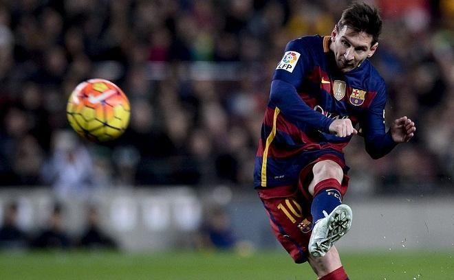 Covesia.com - Raksasa Spanyol, Barcelona ditahan imbang 1-1 saat bertandang ke Villarreal pada laga pekan ke-17 La Liga, Minggu (8/1/2017).Hasil imbang itu...
