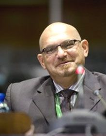 Chippy Shaik's testimony at the Arms Procurement Commission last week produced no revelations. He denied that he was guilty of soliciting bribes, manipulating tender decisions or ensuring that his brother Schabir benefited improperly from the multi-billion-rand acquisition of defence equipment.