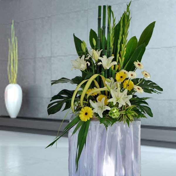 7 best easter flower arrangement images on pinterest easter singapore florist fast flower delivery service in singapore call the best florist in singapore for flowers online hampers gifts more negle Image collections