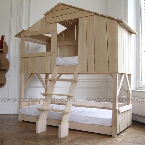Cabane double by mathy by bols lits cabane en bois massif for Chambre 8m2 lit double