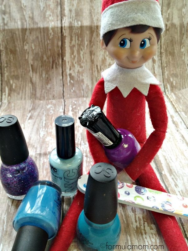 Elf on the Shelf Ideas: Elf Manicure #ElfOnTheShelf