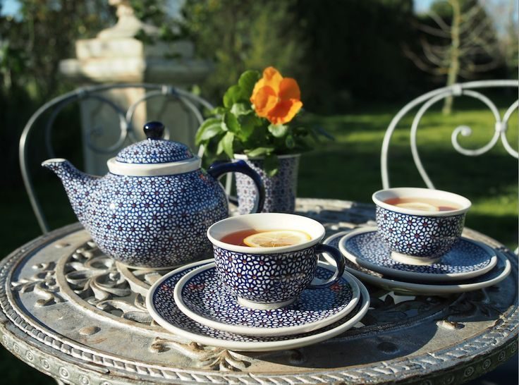 Afternoon tea in the garden with polish pottery