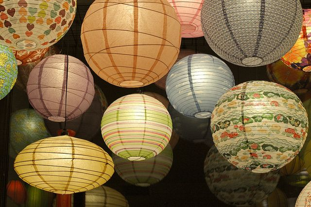 84 best images about hot wedding trends for 2013 3 - Asian ideas paper lanterns ...