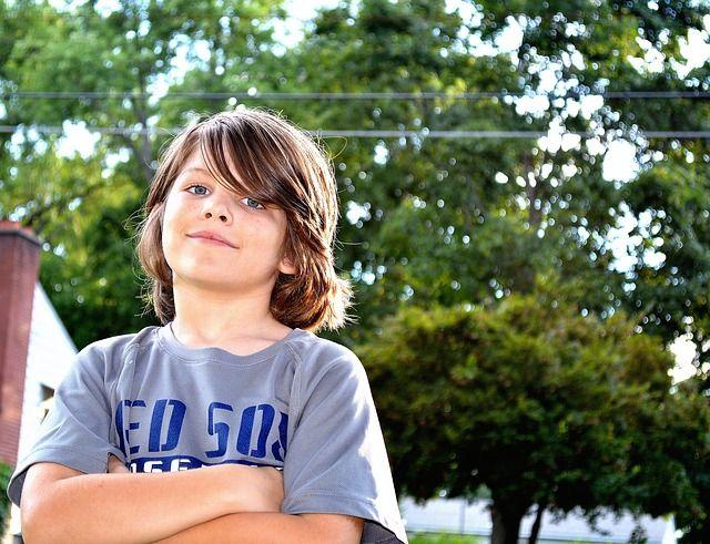 少年, 肖像画, 人, 子供, 男性, バックライト, 自然, 木 - Pixabayの無料画像