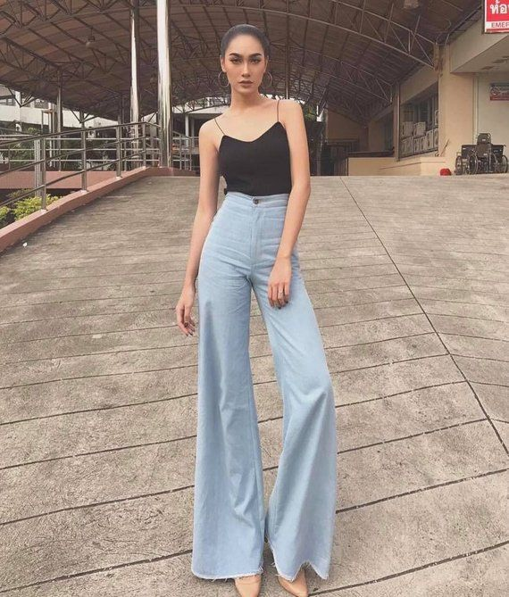 a195dd549502 Women s High Waisted Vintage Jean Denim Big Flare Wide Leg Long Pants 70s fashion  style All sizes.
