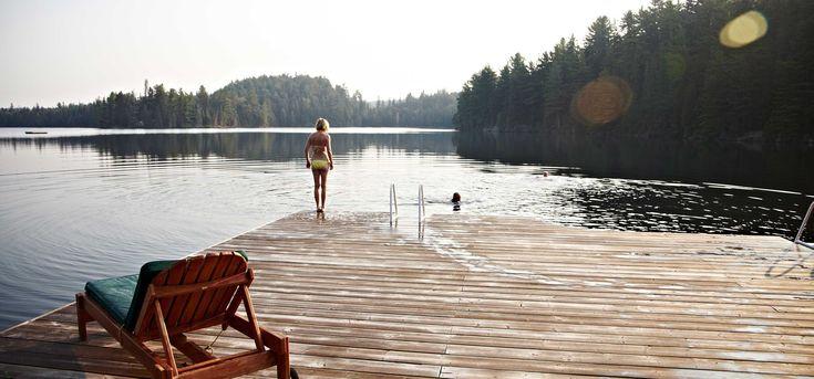 Arowhon Pines Resort -- Algonquin Park at the end of September -- mini honeymoon ideas.