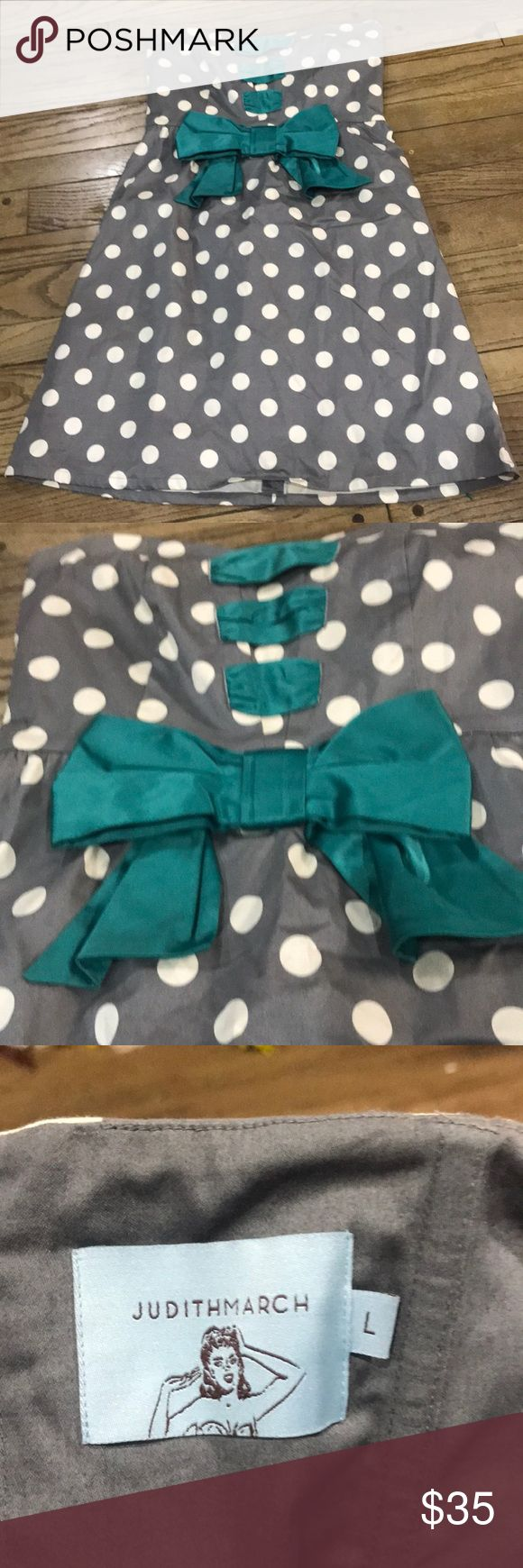 Super Cute Strapless Dress by Judith March Large Super Cute Grey with white polka dots Turquoise bow and accents on front Size Large Judith March Dresses Strapless