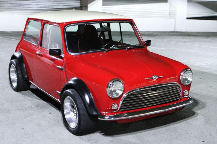 1969 Mini Cooper with a naturally aspirated Honda B18C good for a 230 plus HP
