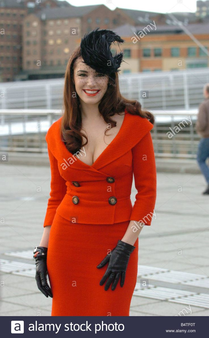 Kelly Brook Arrives In Newcastle Ahead Of The Film Premiere Of School Stock Photo, Royalty Free Image: 20207624 - Alamy