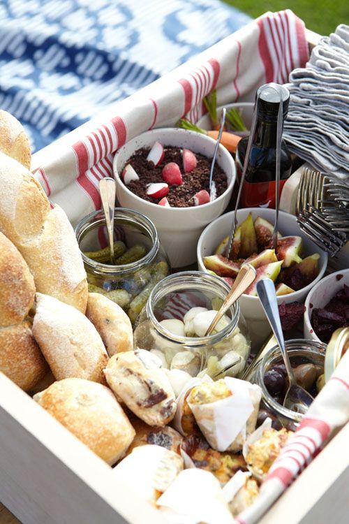 picnic hamper #JacobsCreek #PerfectPicnic