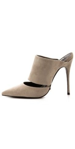 Schutz Quereda Mules | Would these fit in your fall wardrobe? http://keep.com/schutz-quereda-mules-by-ritachan/k/2hpYUhgBDz/