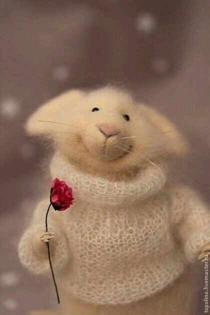 Felted Mouse with Rose