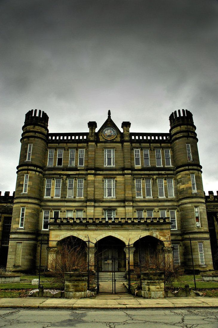 a retired, gothic style prison that seceded from Virginia at the height of the American Civil War