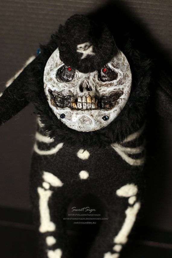 Mr. Bones OOAK plushie doll skull toy art undead soft spirit magic fairy felt cute skeleton gift ghost soul fur kawaii teeth scary dark hat