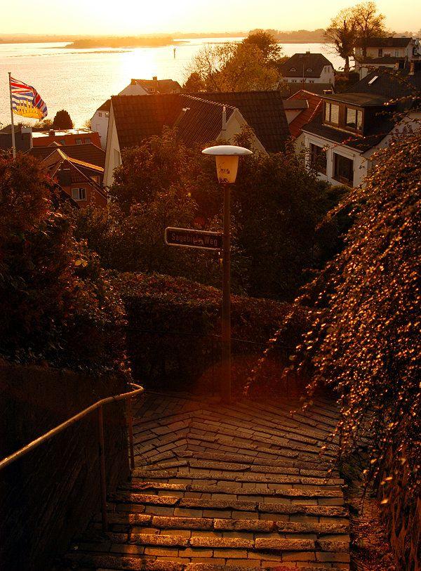 Sonnenuntergang im Treppenviertel, Blankenese, Hamburg