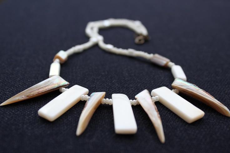 Teeth of mother of pearl