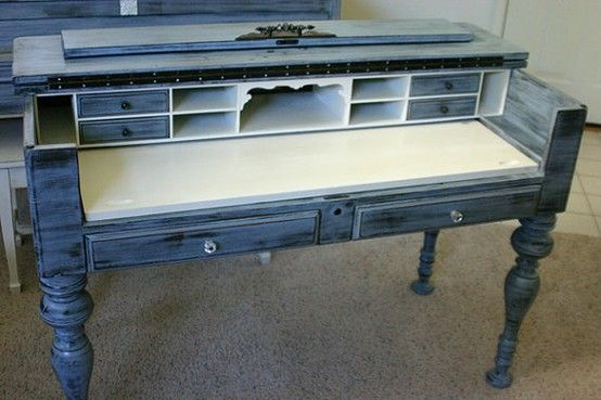 18 Notable Reclaimed And Reused Pianos | Green Eco Services