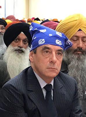ORAGES D'ACIER: Cette photo de François Fillon avec des Sikhs se prête à un concours de légende