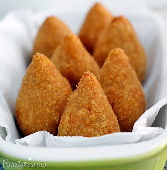 PANELATERAPIA - Blog de Culinária, Gastronomia e Receitas: Coxinha de Frango com Catupiry