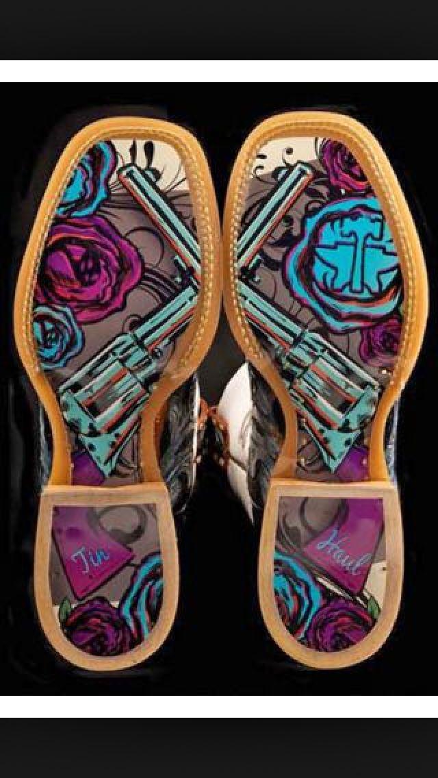 Tin haul boots I want!!