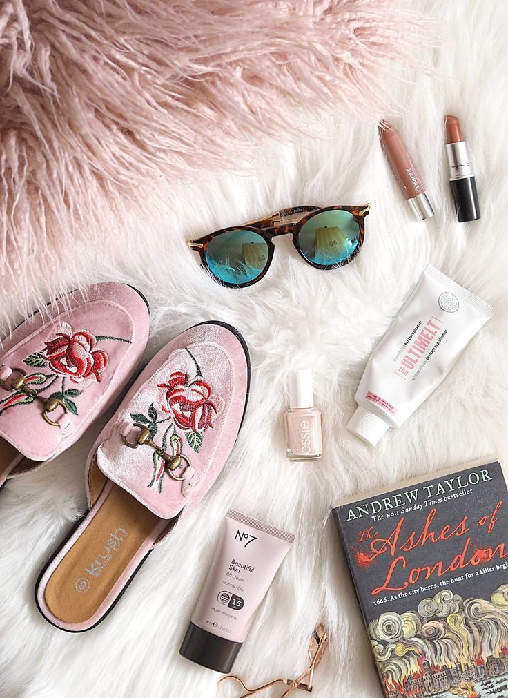 Plans For The Summer | Flatlay styling, Flat lay photography