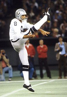 Ray Guy shows off his high leg-kick in a game against the Chiefs in 1978. (US Presswire)
